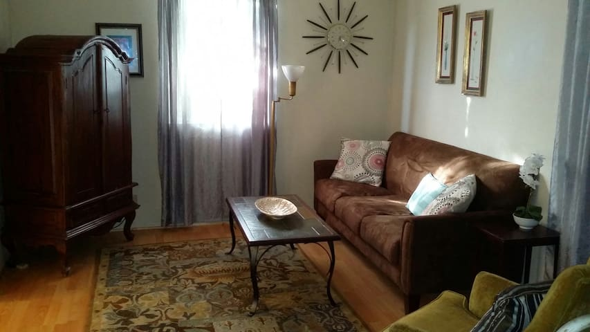 Downtown Living in Grass Valley - Grass Valley - Apartment