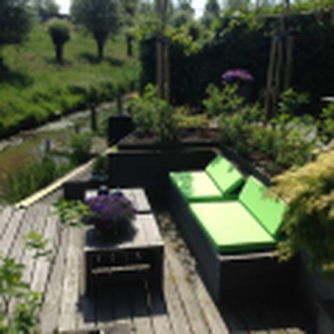 Vrijstaande villa aan het water - Ouderkerk aan de Amstel - Villa