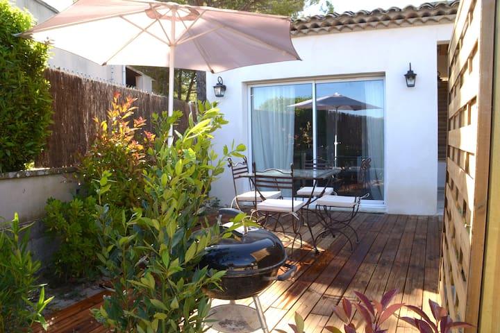 maisonnette de charme en Provence - Le Puy-Sainte-Réparade - Casa