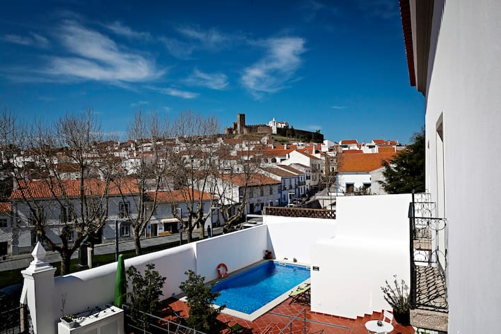 Casa do Plátano - QuartoAzul Indigo - Arraiolos - Bed & Breakfast