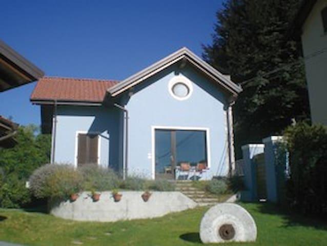 La casa blu - Meina Lago Maggiore - Meina