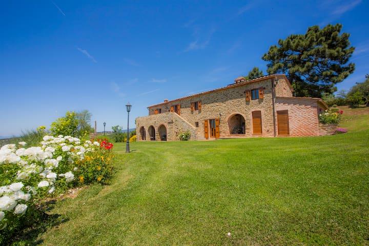 The Cypress apartment with sw-pool - Cortoreggio - Villa