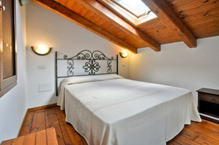 """Su Ghìndalu"", between sea and lake - Villanova Monteleone - Appartement"