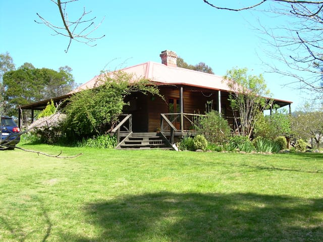 Historic Scotts Hut c1872 rural retreat - Wyndham - Ev