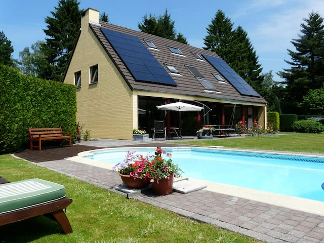 5 bedrooms home with private pool - Villers-la-Ville