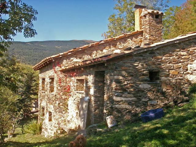 Cottage in Pirinées, Catalonia - llanars - Huis