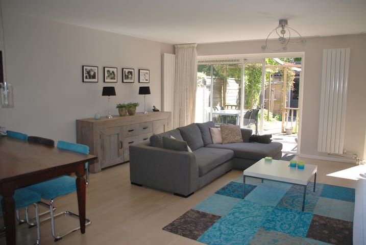 Family house with private parking  - Heemstede - Casa
