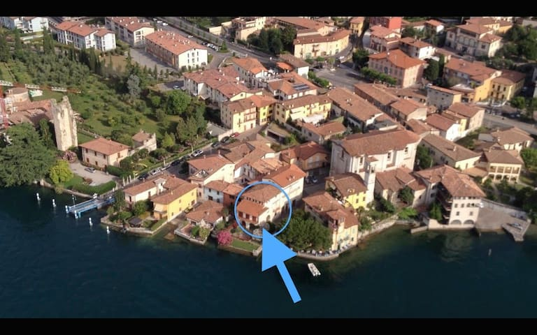 Tilde Ancient house directly at Lake - Predore - Daire