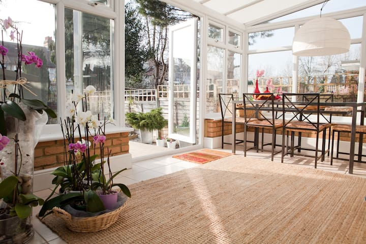 Stylish Oasis&double room&parking - Londen - Huis