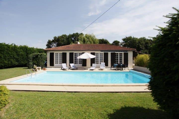 Villa La Rossaire - Saint-Georges-des-Coteaux
