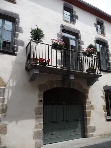 Chambres d'hôtes, Chambre Connacht  - Saint-Amant-Tallende - B&B