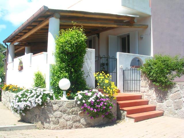 Elegant home in Lipari - Lipari - Vila