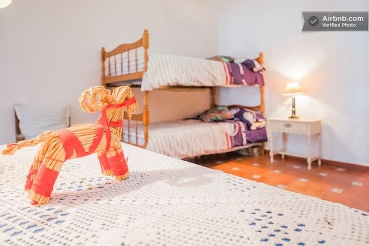 Great Andaluza house - Cútar - Bed & Breakfast