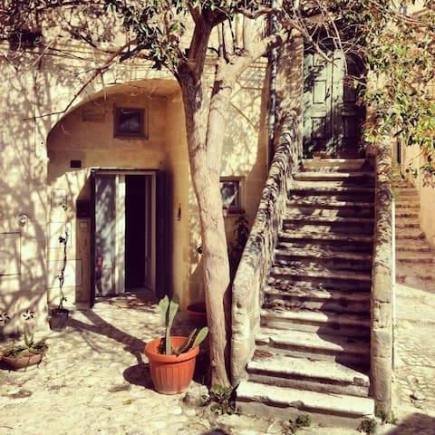 Il Sasso sotto l'Albero  - Matera - Casa