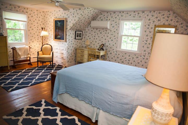 The 1964 House:  Betty Draper Suite - Biddeford