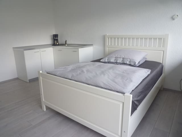 Komfortables Apartment 1-2 Pers. - Grevenbroich - Daire