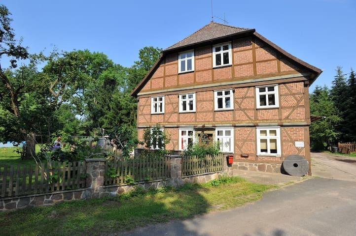 Ferienwohnung in historischer Mühle - Lüchow / Beutow - Appartement