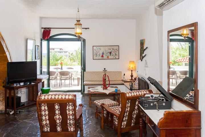 Traditional Sea Side Cottage - Chania - Chania - Villa