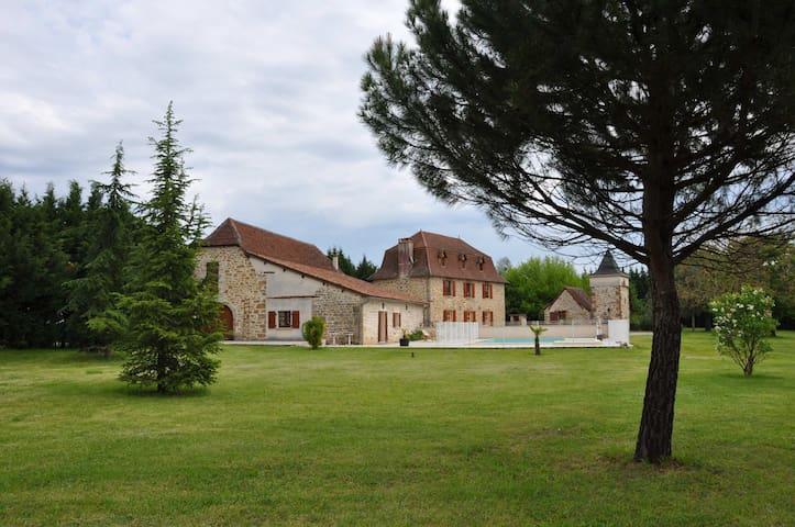 Domaine de l'Asenon Lou Blat - Causse-et-Diège - Daire