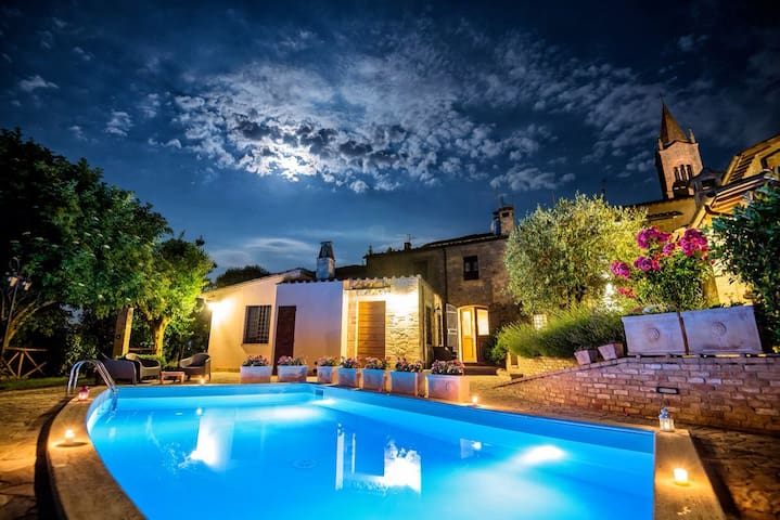 BorgoCuore: house with pool in Todi - トーディ - 一軒家