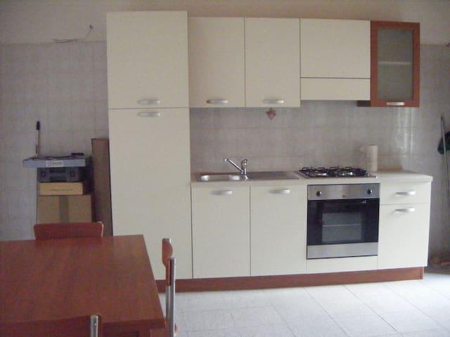 Appartamento completamente arredato - Vigevano - Apartmen
