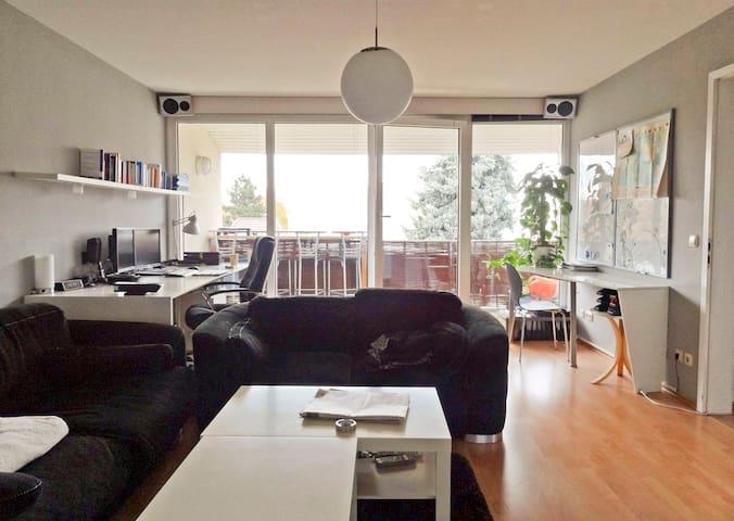Top Apartment,balcony,full features - Magdeburgo - Departamento