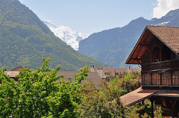 Holiday house Swiss Dreams - Matten bei Interlaken - Huis