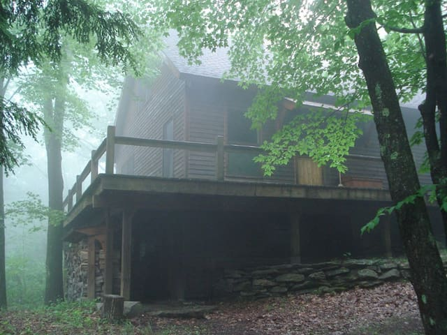 Secluded cabin on 45 private acres! - Otis - Cabaña