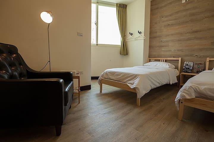 艾爾小公寓雙人間-TWIN ROOM(位於花蓮最熱鬧的金三角) - Hualian City - Leilighet