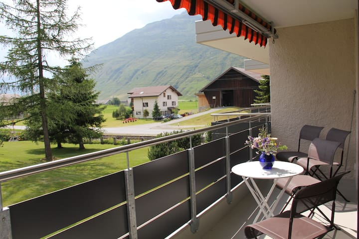 Modern flat with beautiful views - Andermatt - Departamento