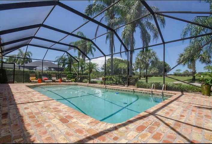 Beautiful 2BD 1BA w/ pool & grill! - Tequesta - Ev