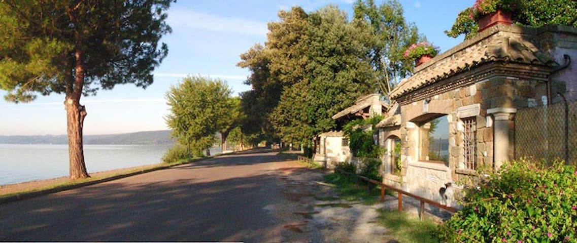 La casina incantata - Trevignano Romano - Houten huisje