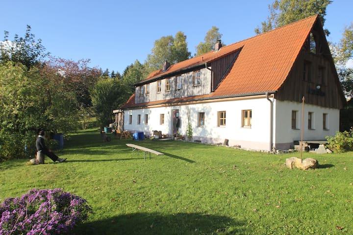 Urlaub ländlicher Idylle in Luftkurort - Bischofsgrün - Hus