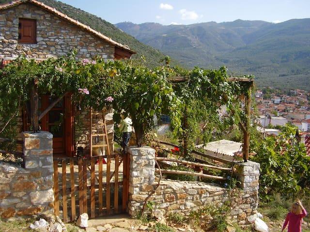 Kleines Natur steinhaus in thassos - Prinos