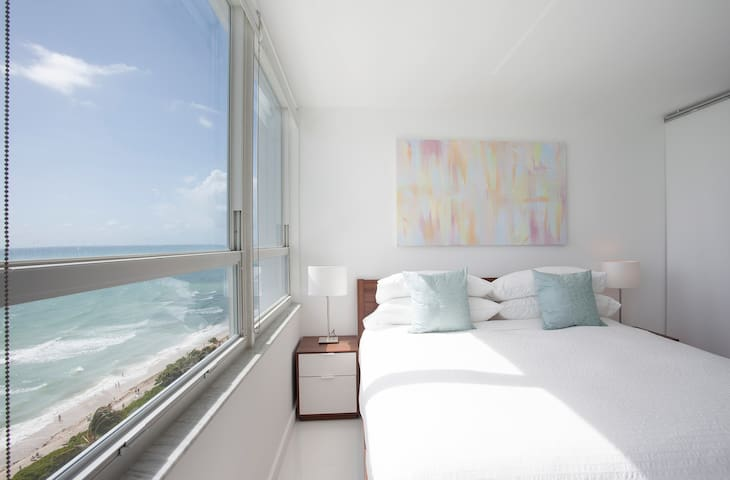Oceanfront 14th Floor Brand New Beachfront Flat - Miami Beach - Apartemen