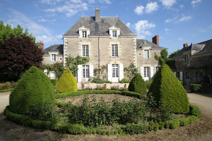Gite dans manoir bords de Loire - Le Cellier - Maison