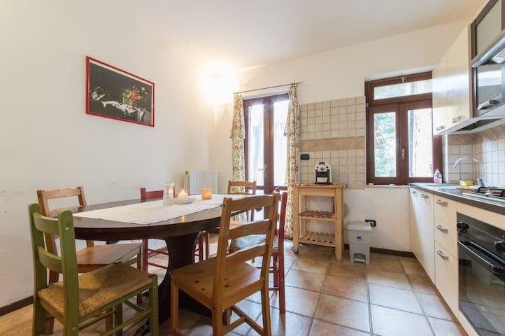 Appartamento Rosa rossa - Garibaldi - Leilighet