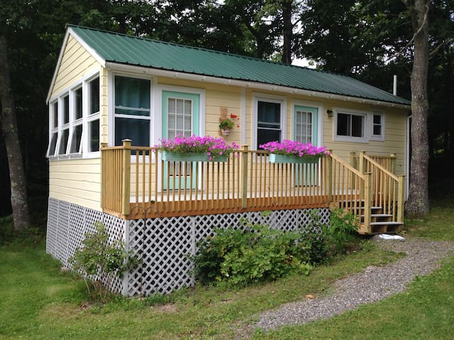 Waterview Cottage at Smith Cove - Brooksville - Cabaña