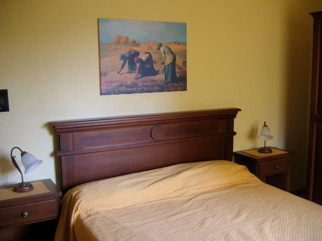 """Farmhouse """"Cit e Bun"""" - Pinasca - Bed & Breakfast"""