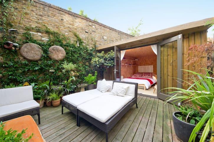 Stylish Garden Cabin in Camden - Лондон - Шале