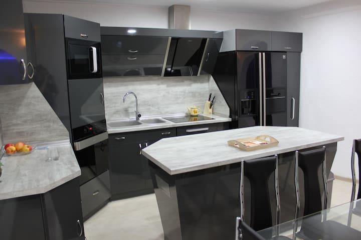 Elite 3 bedrooms apartment  - Smolyan - Lägenhet