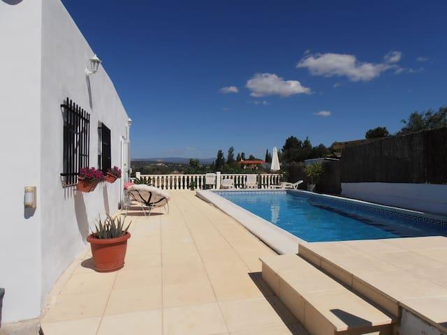 Holiday Villa in Peaceful Setting - Monserrat