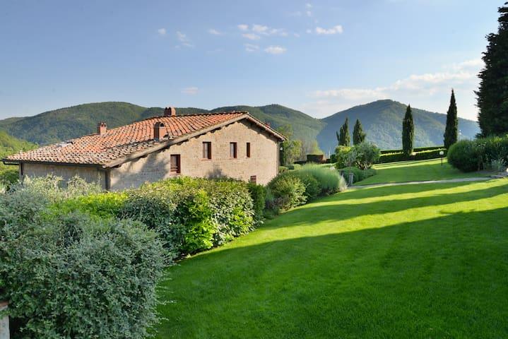 Farmhouse on the hills of Chianti - Greve in Chianti - Lägenhet