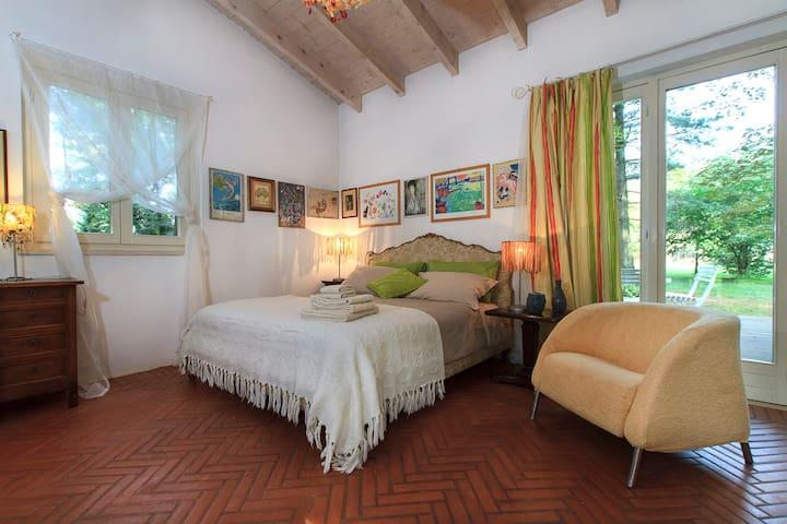 Studio with garden near Milan&Lakes - Busto Arsizio