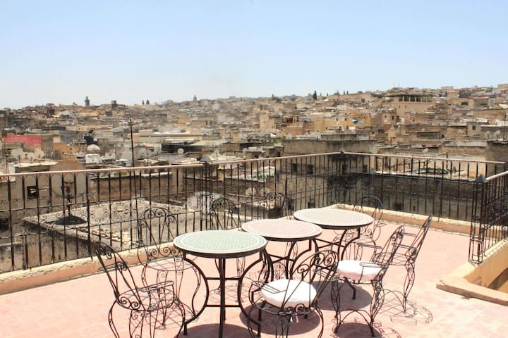 True Medina Riad with house staff - Fez - Casa