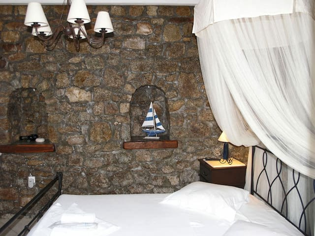 DOUBLE ROOM GARDEN VIEW(ANEMONI) - Kalafati - Bed & Breakfast