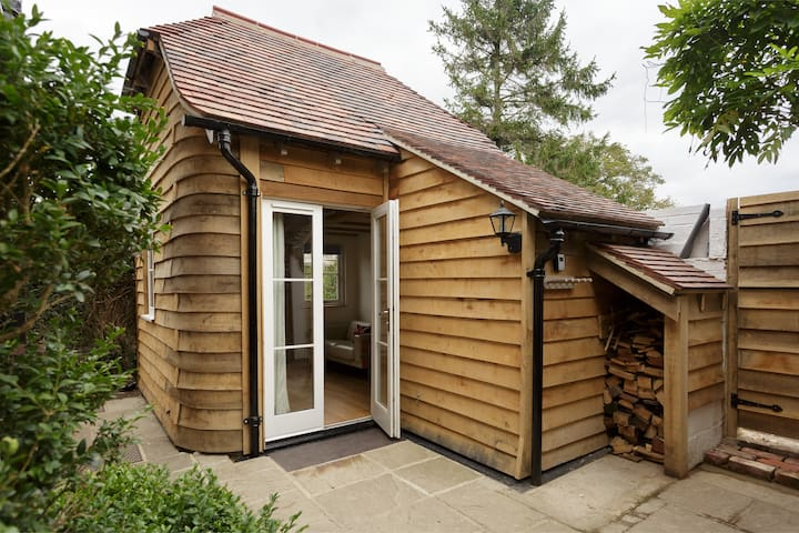The Studio Lodge - Luxury Nr Goodwood Chichester - Чичестер - Дом