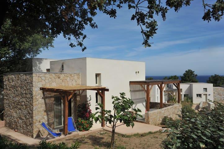 MINI VILLA  S. AMBROGIO - CALVI  - Marina di Sant'Ambroggio Lumio - Rumah