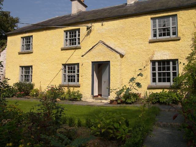 Knocknalosset House - Bailieborough - Huis