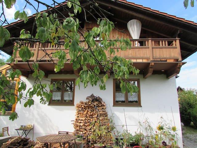 Zimmer in gemütlichem Haus - Ebersberg - Hus